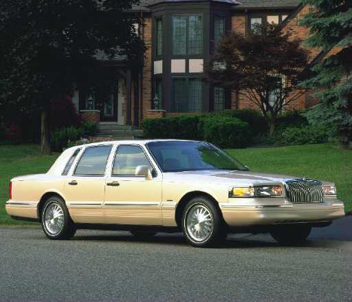 Passenger Lincoln Town Car Limousine